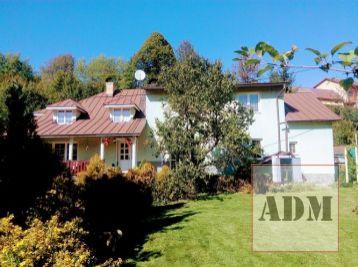 Exkluzívne- Veľký rodinný dom Skalité, pozemok 2948 m2+18500m2