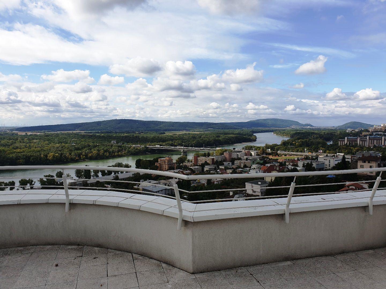 Iný-Prenájom-Bratislava - mestská časť Staré Mesto-580.00 €