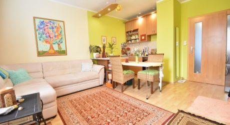 2 - izbový slnečný byt 43 m2 s krásnym výhľadom na východ slnka, Hraničná ulica - Ružinov
