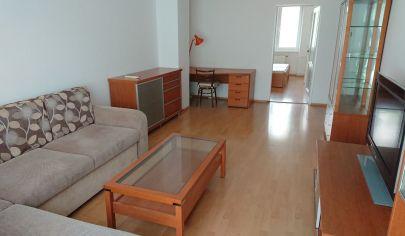 Prenájom - Slnečný 2 izbový  byt s balkónom, Legerského ulica, Nové Mesto. TOP PONUKA!