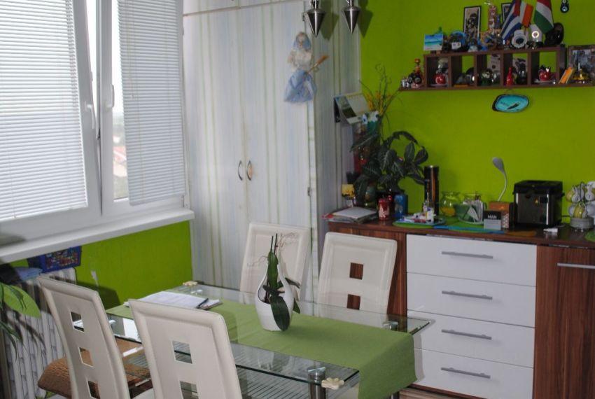 Predaj 2 izbový byt Želiezovce
