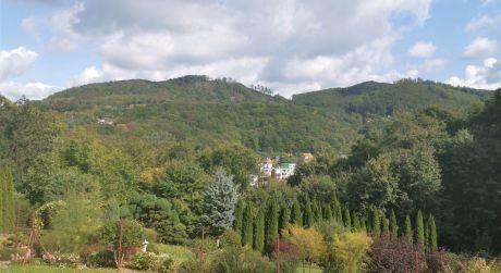 Na predaj rekreačný pozemok 402 m2, Trenčianske Teplice
