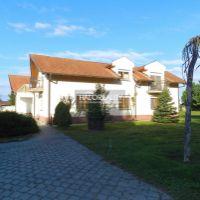 Rodinný dom, Padáň, 540 m², Kompletná rekonštrukcia