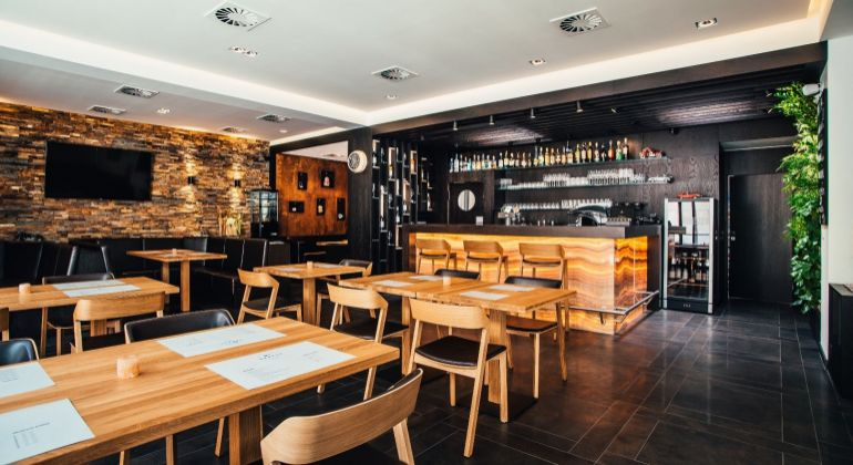 Exkluzívna reštaurácia Garage Lounge v Bratislave