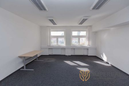 IMPEREAL - Prenájom - kancelárske priestory 54 m2 , 4.NP. Záhradnícka ul., Bratislava II,
