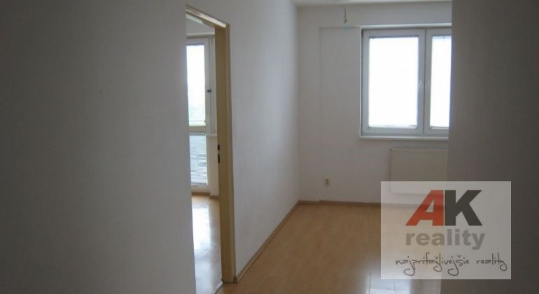 Prenájom 2 izbový byt Bratislava-Podunajské Biskupice, Kazanská ulica