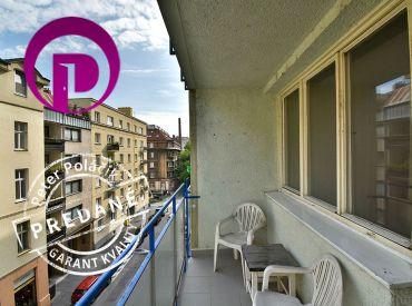 PREDANÉ - 1i byt, 44 m2 – BA-Staré Mesto: tehla, loggia, V SRDCI BRATISLAVY - ihneď voľný