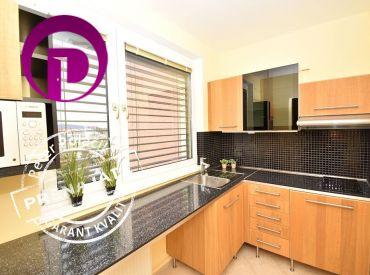PRENAJATÉ - Nadštandardne zariadený 1,5i byt na Kramároch s  krásnym výhľadom na Malé Karpaty a rakúske Alpy