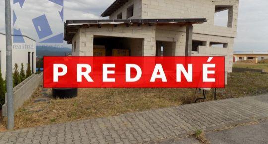 PREDANÉ EXKLUZÍVNE rozostavaný rodinný dom 643 m2 Kanianka 19033