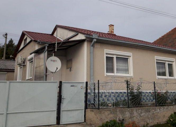 Rodinný dom - Bajtava - Fotografia 1