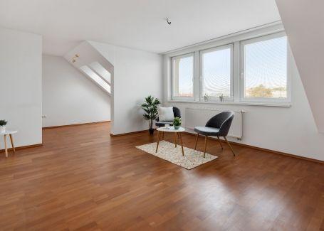 REZERVOVANÉ -3 izbový slnečný byt na predaj, 91 m2, Ružinov