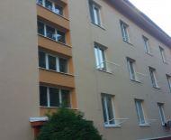 Priestranný 2 izbový tehlový byt v centre, Zvolen