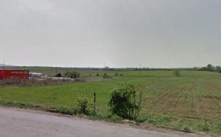 EXKLUZÍVNE   pozemok na výstavbu koliby v meste Šahy