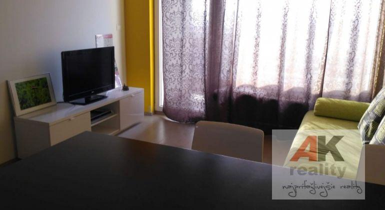 Prenájom 2 izbový byt Bratislava-Ružinov, Vlčie hrdlo