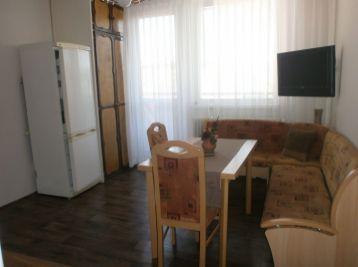 Velký slnečný 2 izbový byt s balkonom