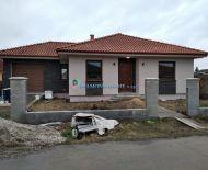 Ponúkame na predaj 4 izbový rodinný dom v obci Ohrady
