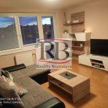 Na prenájom 2 izbový byt na Bebravskej ulici vo Vrakuni