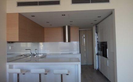 Ponúkame do prenájmu luxusný 4 izbový mezonetový byt spriestrannou terasou na Dvořákovom nábreží v luxusnom komplexe River park.