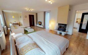 Na prenájom rozmerný apartmán 70m od pešej zóny a centra kúpeľného mesta Trenčianske Teplice.