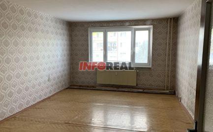 Ponúkame 3 , 4 izbový byt , KVP, 80 m2.