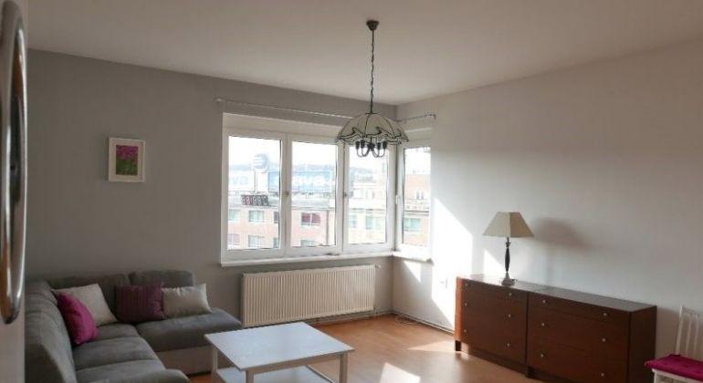 Prenájom 3 izbový byt Bratislava-Staré Mesto, Laurinská ulica