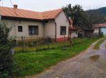 Rodinný dom na slnečnom pozemku s garážou, Medzibrod