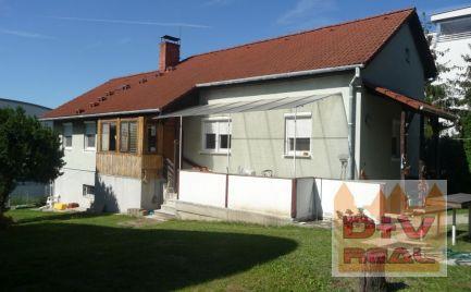 D+V real ponúka na predaj: rodinný dom, Hradný vrch, Bratislava I, Staré Mesto, starší, veľký pozemok