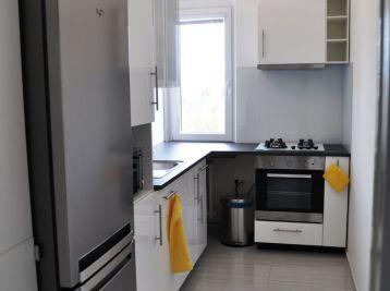 BA II. Ružinov- 3 izbový byt na Astrovej ulici pri OC RETRO