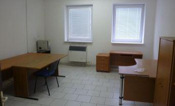 3 izbový rodinný dom v Senici s pozemkom 1298 m2.
