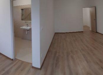 Prenájom 1.izb bytu v novostavbe v Nitre s parkovaním blízko centra
