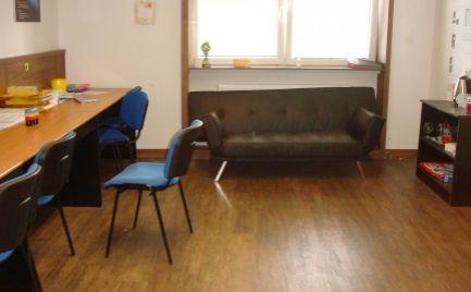 Kancelárske priestory 16 m2,17m2 a 38,7 m2, Horná ul. Banská Bystrica -  centrum !!