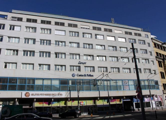 polyfunkčný objekt - Bratislava-Staré Mesto - Fotografia 1