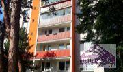 Predané! 3i čiastočne zrekonštruovaný byt na úplnom začiatku Karlovej vsi, Segnerova ul., 2p/12,74m2