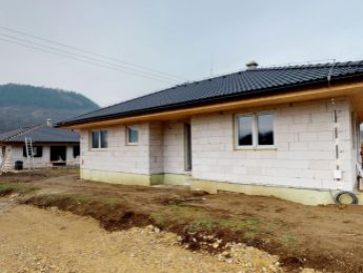 Na predaj 19 x  novostavba rodinný dom - bungalov 4 izbový, 127 m2, pozemok cca 500 m2, Mikušovce.