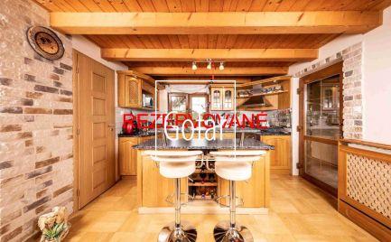 PREDANÉ - GOFAR - Na predaj krásny vidiecky 4 izbový dom s garážou iba 50 km od Bratislavy, na trvalé bývanie aj na víkendový relax