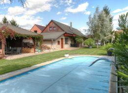 Predáme exkluzívny, krásny vidiecky dom v Matúškove, zast. 168m2 pozemok 1000m2