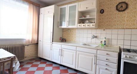 Na predaj rodinný dom, 6+1, garáž, 1.058 m2, Trenčianske Stankovce