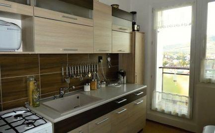 2 - izbový udržiavaný byt, 49m2 v Brezne - Mazorník