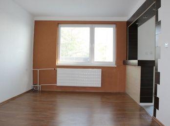 MAXFIN REAL na prenájom 4 izb.byt s garážou a krásnou rozlohou 101m2 v Cabaji