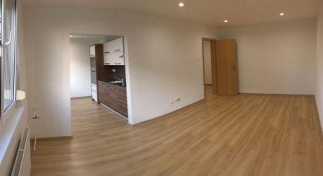 Na predaj 2-izbový byt kompletná rekonštrukcia na ul. T.G.Masaryka v Nových Zámkoch.