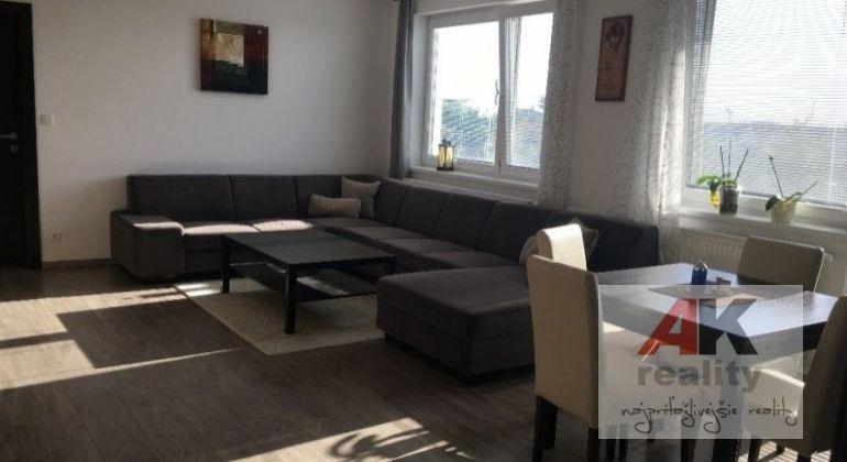 Predaj 2 izbový byt Hrubá Borša, Školská ulica