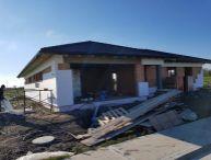 REALFINANC - 100% aktuálny! 5 izbový Rodinný Dom s Dvoj Garážou, Novostavba, zastavaná plocha 217 m2, pozemok 632 m2, Hrubá Borša!