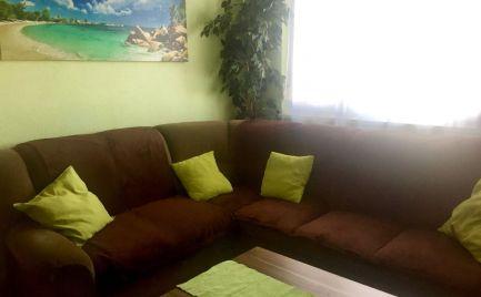 Predaj 3 izbového zrekonštruovaného zariadeného bytu na začiatku Petržalky - Wolkrova ul.