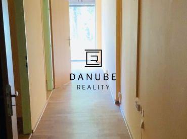 Prenájom nebytový, administratívny/obchodný priestor v Ružinove na ul. Tomášikovej ulici o rozlohe 58 m2 v novostavbe prístup z ulice.