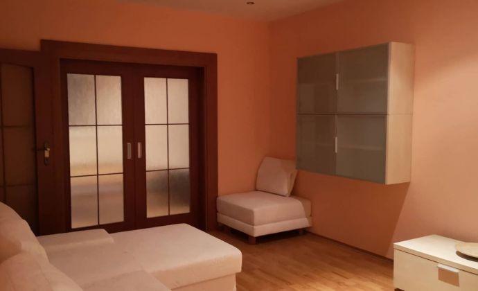 Predám 3 izbový byt v Nitre , Klokočina