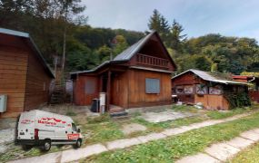 Na predaj rekreačná chata na brehu rybníka v obci Krivosúd - Bodovka.