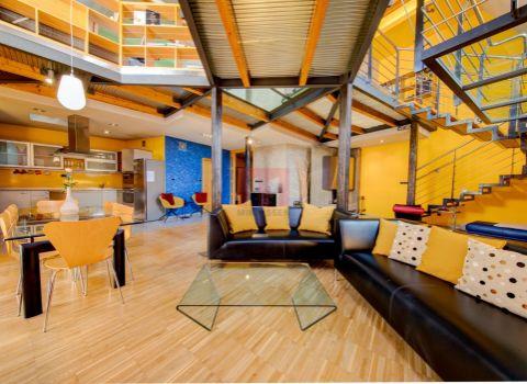 Na predaj 3 izbový byt s výťahom a s možnosťou prerobenia na 4 izbový byt na Prešernovej ulici v Starom Meste