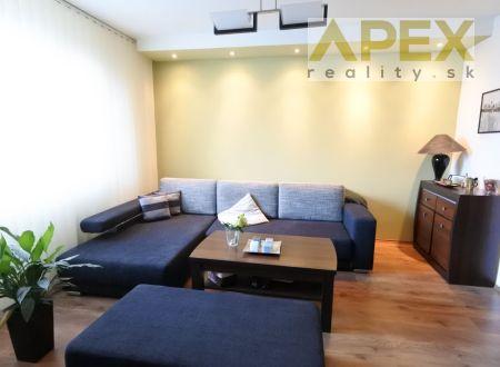 Exkluzívne APEX reality 2i. byt s loggiou po rekonštrukcii na Nitrianskej ul., 50 m2