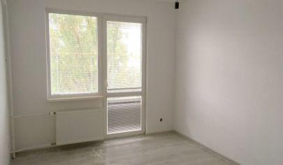 Na predaj zrekonštruovaný 2,5 izbový byt v Ružinove