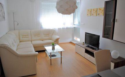 Prenájom pekný 2 izbový byt s balkónom v Perle Ružinova